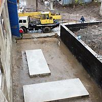 Площадка под установку теплогенераторов была опущена заказчиком более чем на 2 м. от первоначального уровня.